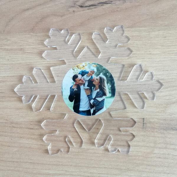 заказать снежинку из акрила
